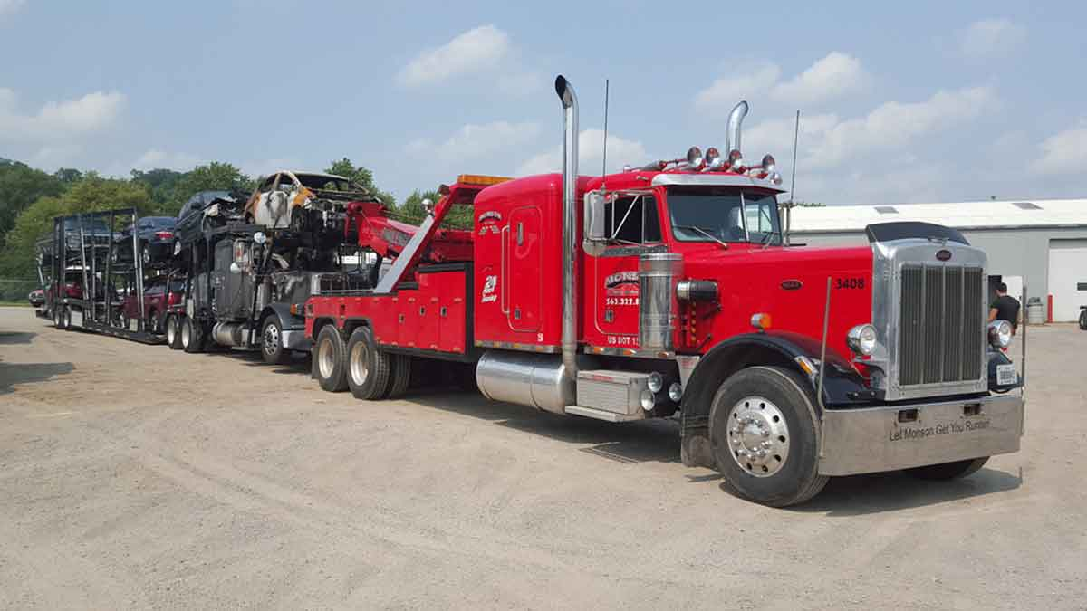 Heavy Towing Service Quad Cities