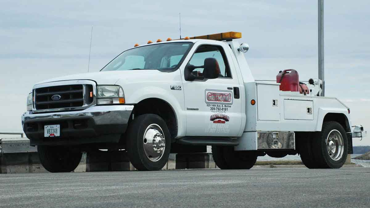 Quad Cities Towing Rates